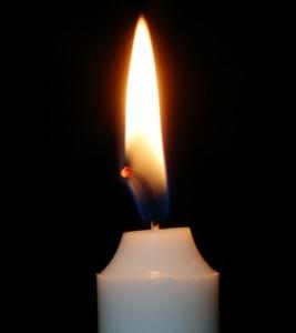 warum brennt eine Kerze